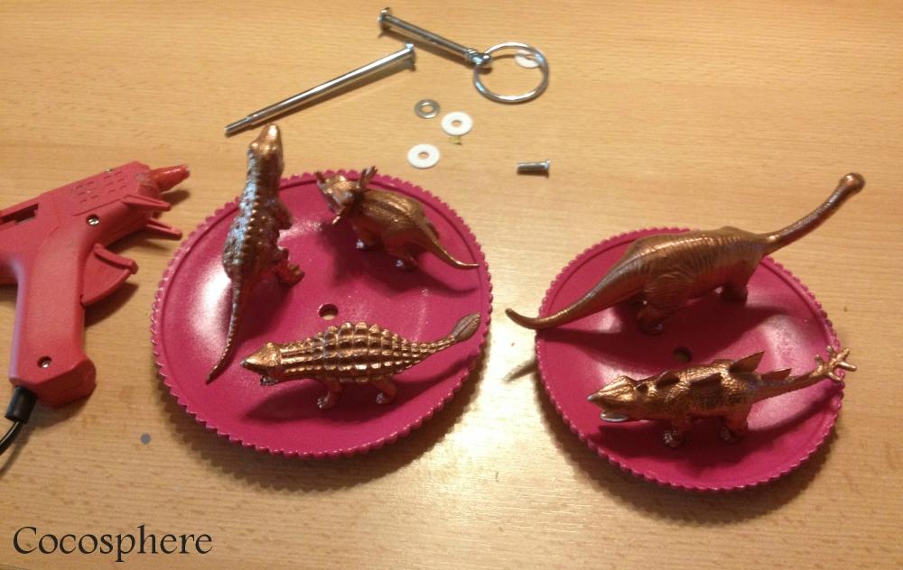 Des porte bijoux dinosaure, enfin! (DIY) (3/6)